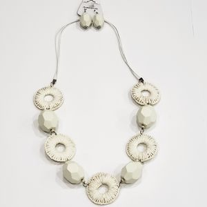 """New Ivory Faux Wood Necklace and Earrings Set 17"""""""